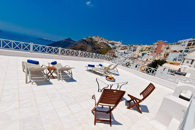Cori Rigas Suites-Fira-Santorini-Junior Suite 1.3