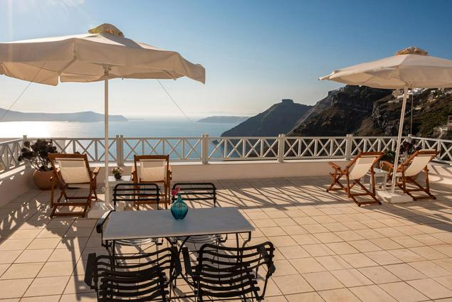 Cori Rigas Suites-Fira-Santorini-Junior Suite